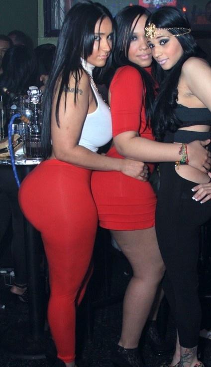Small waist big ass