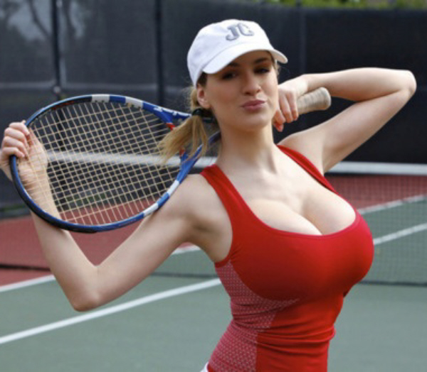 female tennis player boob
